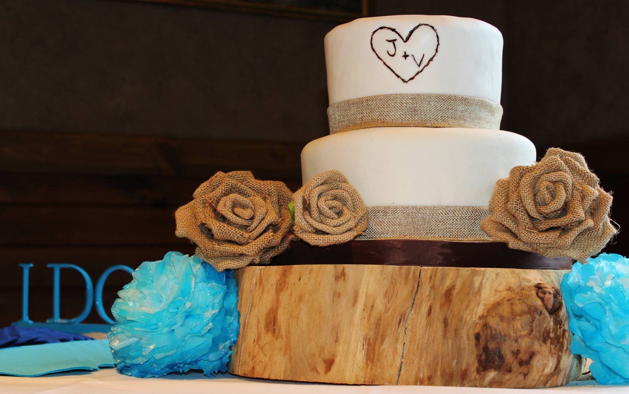 Country Wedding Cupcakes Viewing Gallery